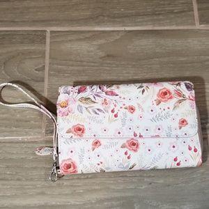 Handbags - Nwot pink floral wallet